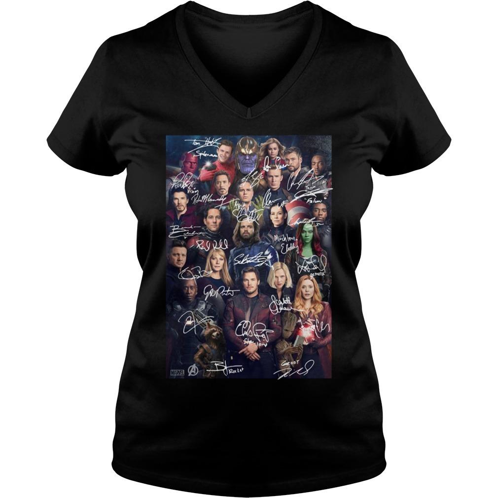 Marvel Avengers endgame poster character signature V-neck T-shirt