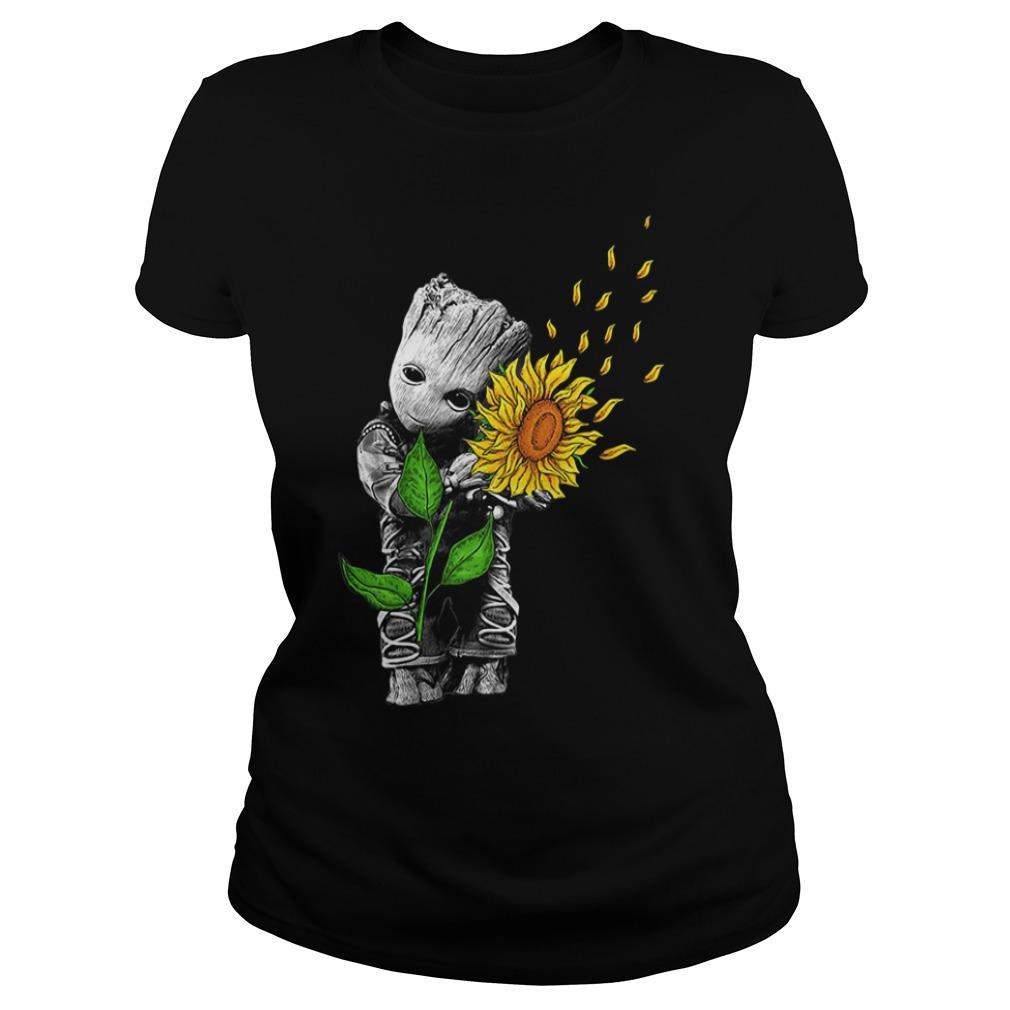 Baby Groot hug sunflower Ladies Tee