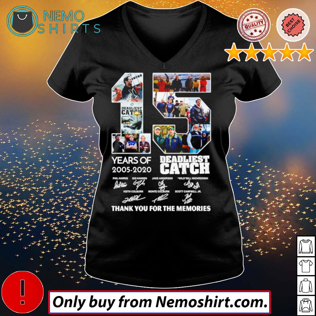 15 Years of Deadliest Catch 2005-2020 all characters signatures s V-neck Ladies Black