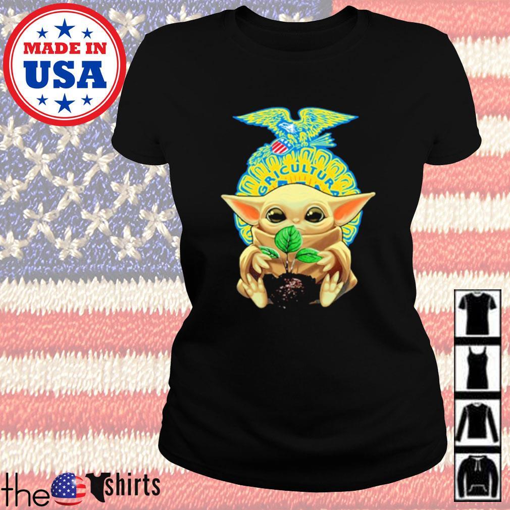 Star Wars Baby Yoda hug FFA emblem s Ladies Tee Black